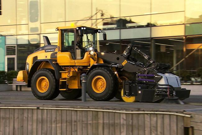 Новые фронтальные погрузчики Volvo