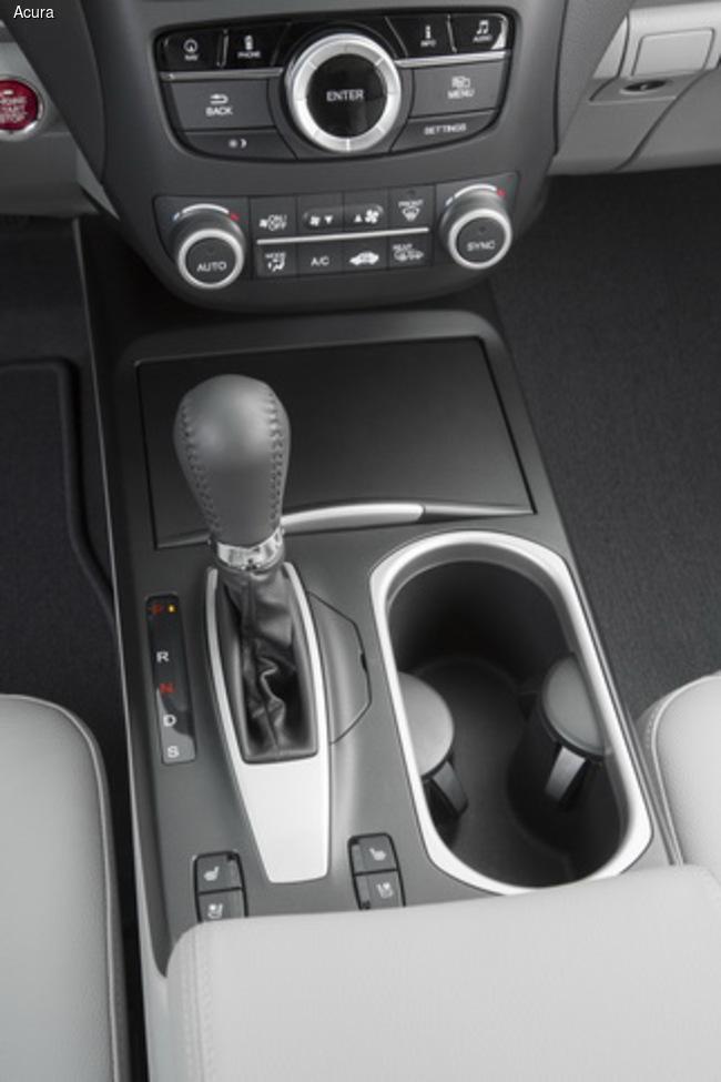Обновленный Acura RDX представили на автошоу в Чикаго