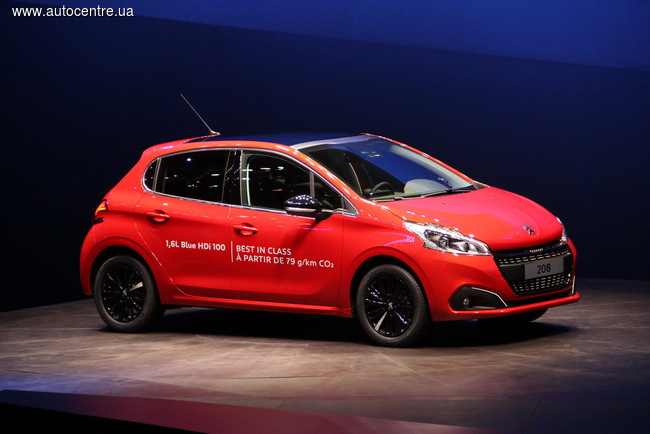 обновленный Peugeot 208