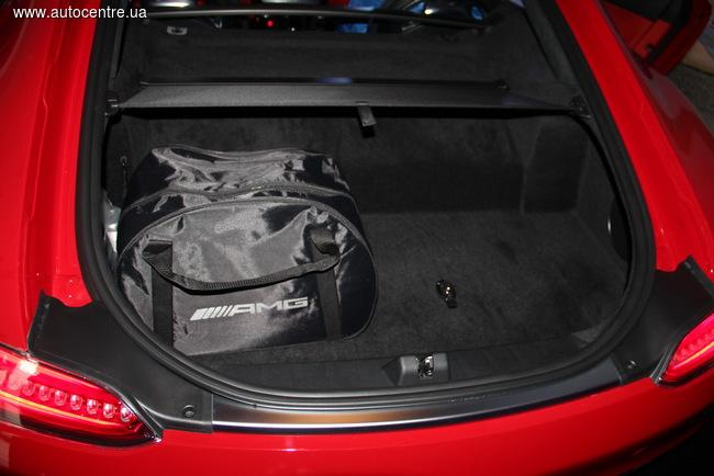 Спорткар Mercedes-Benz AMG GT