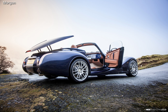 Morgan представил кабриолет Aero8