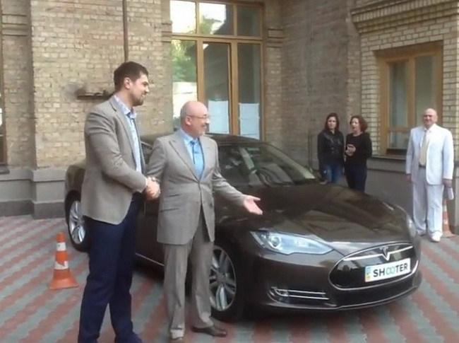 Киевские чиновники освоят электромобили