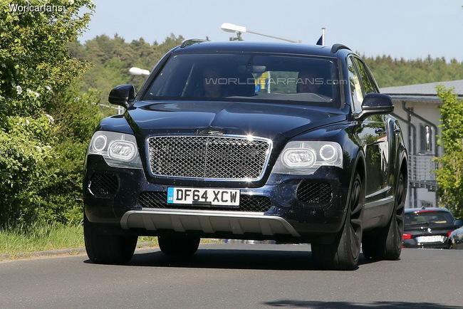 Bentley Bentayga проходит дорожные тесты