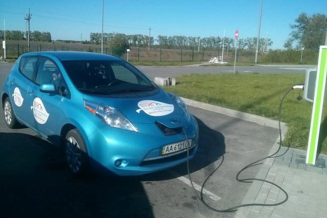 В Украине показали необычный способ зарядки электромобилей