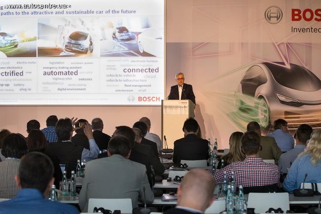 Bosch: автомобили станут электрическими, без водителя и под контролем интернета