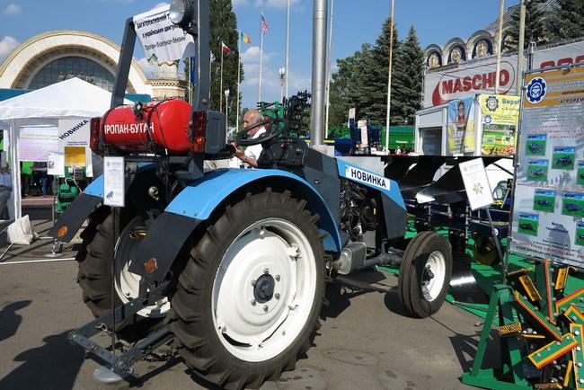 Трактор на газе получил мотор от ЗАЗ Sens