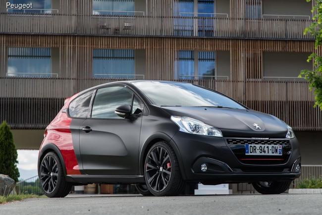 Популярный хэтчбек Peugeot 208 обновили