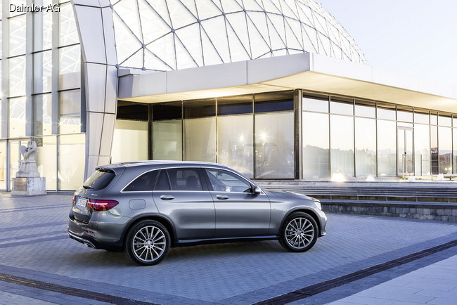 Mercedes-Benz GLC представили в Штутгарте
