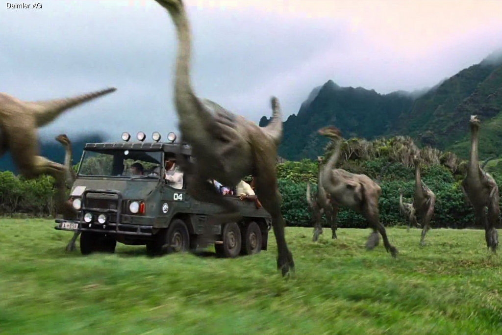 an analysis of the difference of the film and movie jurassic park Here we shall simply note major similarities and differences between a statistical style analysis of the first 30 minutes of jurassic park, and an analysis of the whole film (when two figures are quoted, the first one always refers to the 30 minute sample and the second to the whole film.