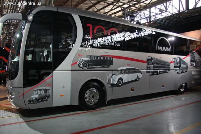 Компания Man Truck & Bus объявляет о начале выпуска туристического автобуса Lion's Coach в лимитированной версии 100 Years Edition.