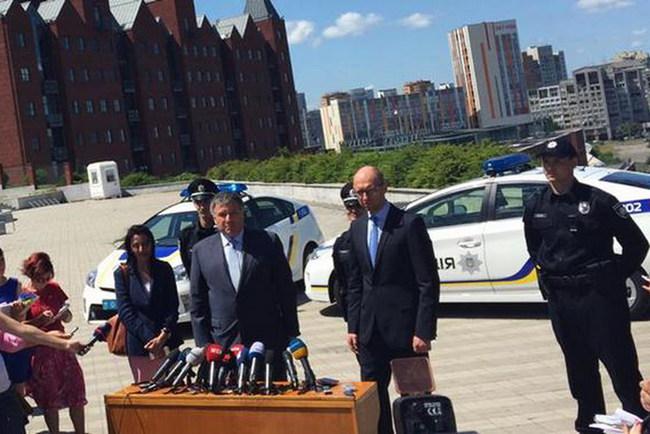 В полицию Днепропетровска наберут тысячу патрульных