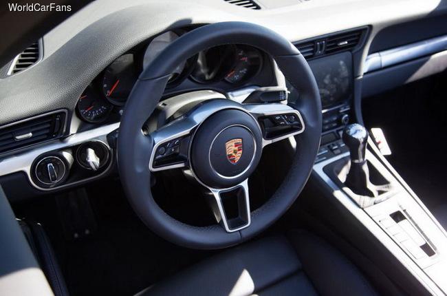 Рестайлинговый Porsche 911 получит новые моторы