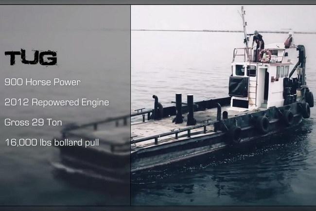 Дуэль грузовика и морского буксира: кто перетянет канат?