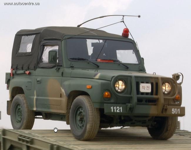 В Киеве появился армейский внедорожник Kia