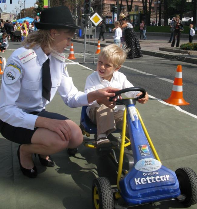 В Украине стартует месячник: «Внимание! Дети на дороге»