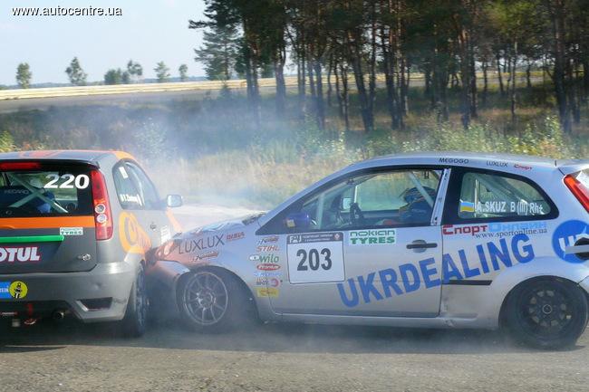 Чемпионат Украины по кольцевым гонкам: Интрига закручивается до предела