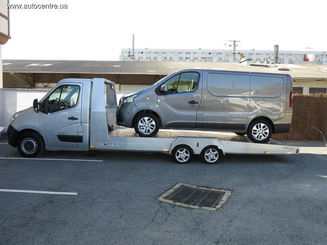 Парижские тайны: Renault показал новые пикапы и не только
