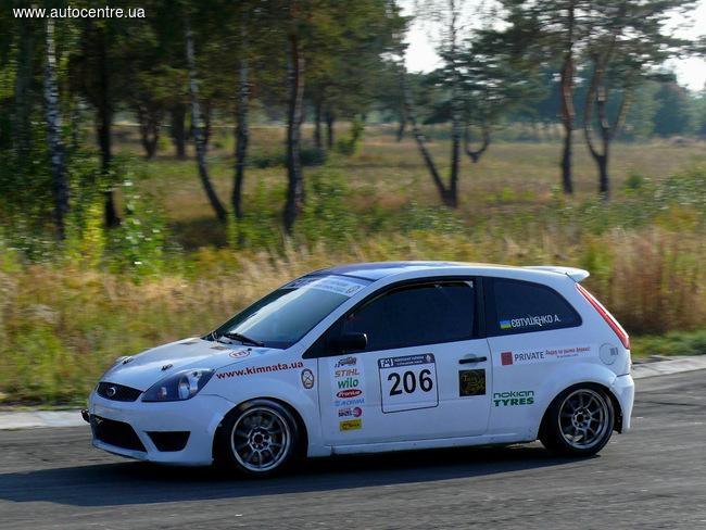 Чемпионат Украины по кольцевым гонкам: впереди финальная битва!