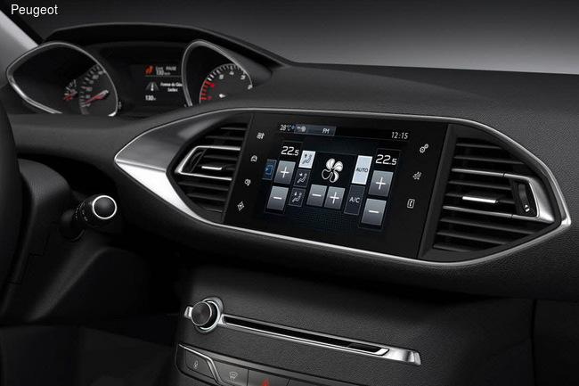Разбираемся в тонкостях инновационного i-Cockpit в Peugeot 308