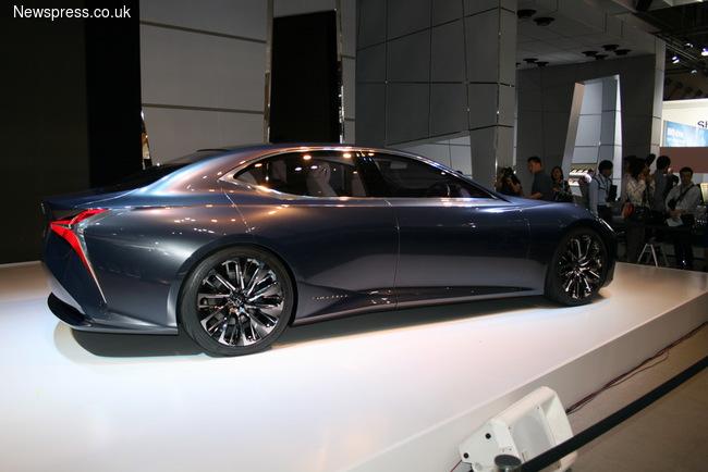 Lexus рассказал о новом флагмане LS (+ВИДЕО)