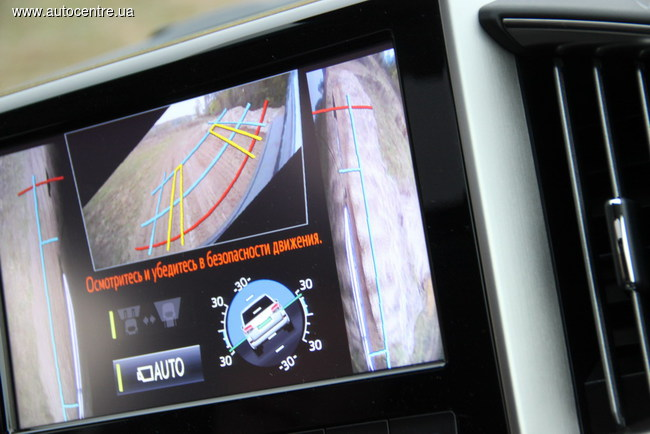 Обновленный Toyota Land Cruiser 200 показал свои внедорожные способности