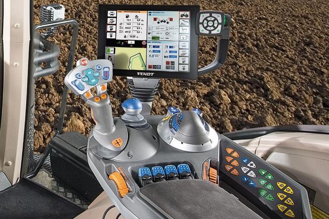 Выставка Agritechnica 2015: флагманский трактор Fendt 1000 Vario