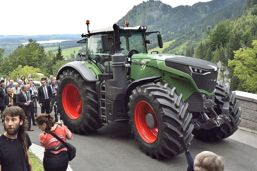 трактор 2016 скачать игру