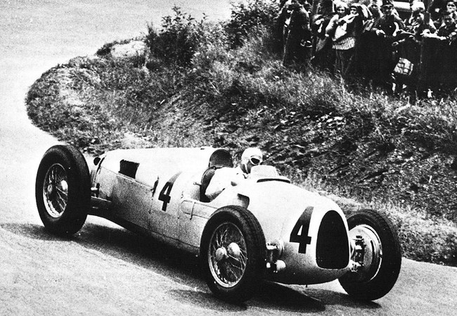 легендарный гоночный Auto Union Typ C 1936 года