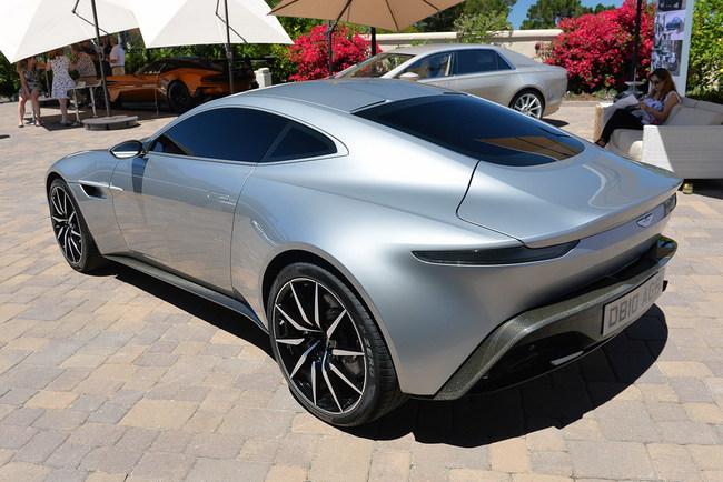жеймс Бонд выбирает Aston Martin DB10