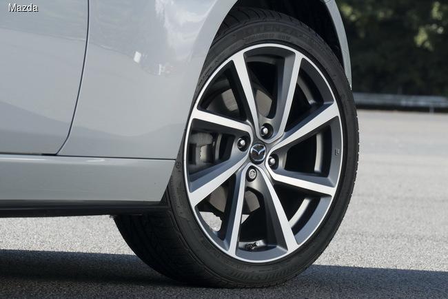 Mazda подготовила новую версию родстера МХ-5