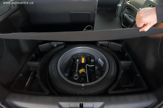 Peugeot 308 1.6 THP Allure: примеряем багажник