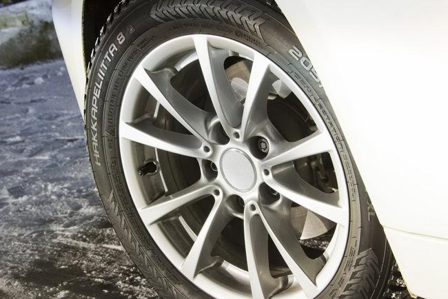 Для отечественных дорог лучше выбирать шины с расширенной гарантией