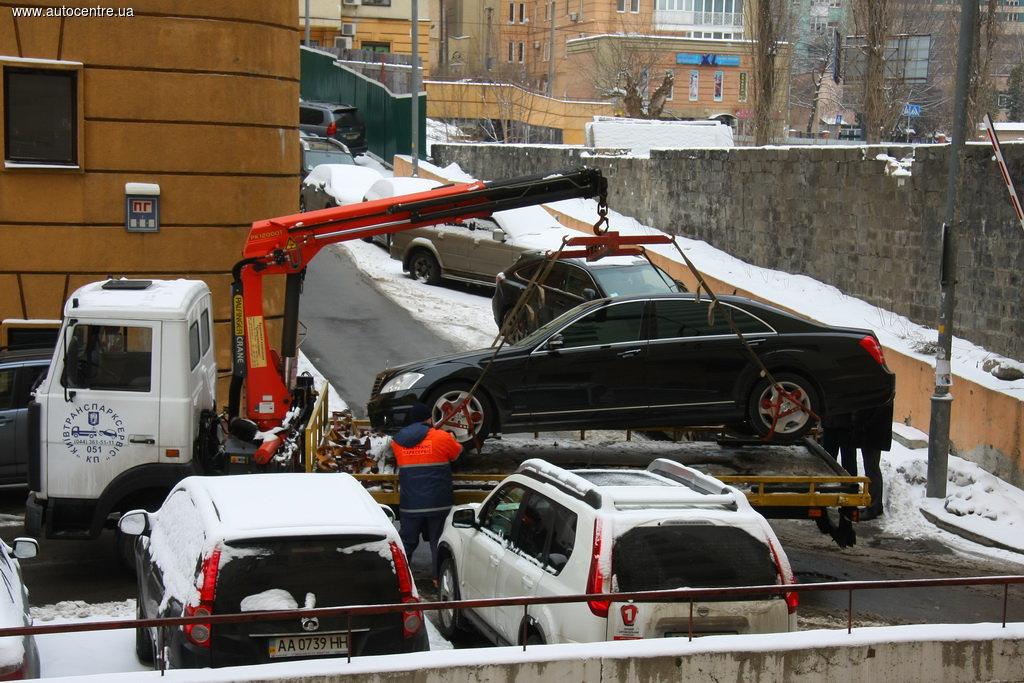 Названы четкие причины для эвакуации нарушителей парковки