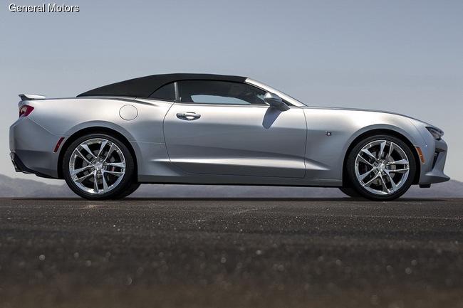Chevrolet привезет в Детройт купе и кабриолет Camaro ZL1