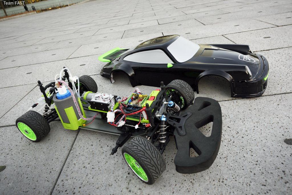 Студентами создан работающий на кислоте автомобиль