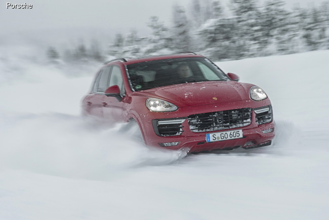 Porsche Performance Drive: Ледовый пик
