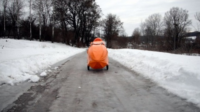 В Украине создали скотчмобиль (+ВИДЕО)