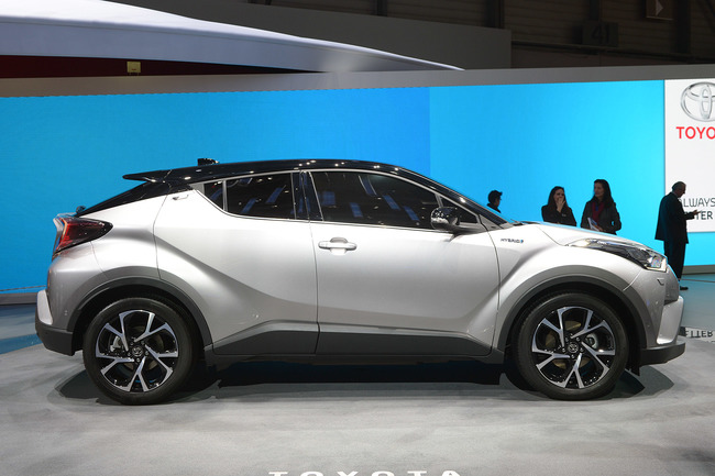 Женевский автосалон 2016: кроссовер-компакт Toyota C-HR