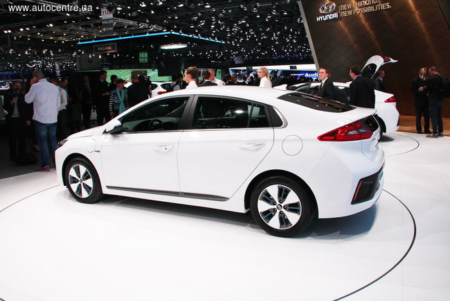 Женевский автосалон 2016: этапная модель Hyundai Ioniq