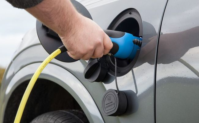 Volvo - за новые стандарты для электромобилей