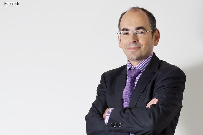 Кресло Николя Мора в Румынии займет 52-летний Ив Каракатзанис