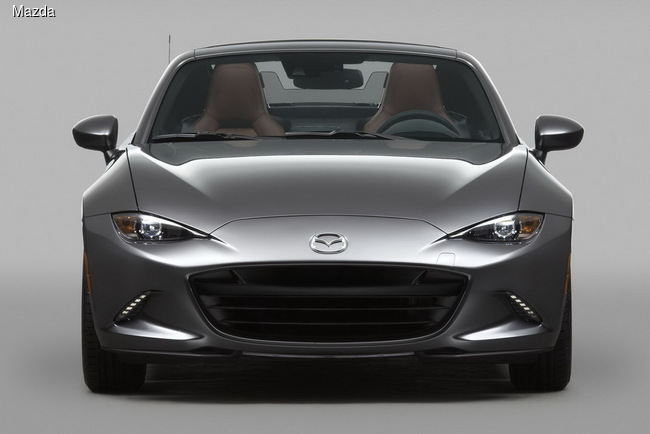Нью-Йоркский автосалон 2016: Mazda MX-5 получила жесткую крышу (+ВИДЕО)
