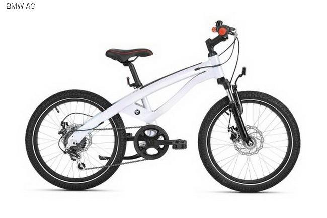 Начните новый велосипедный сезон с BMW и MINI