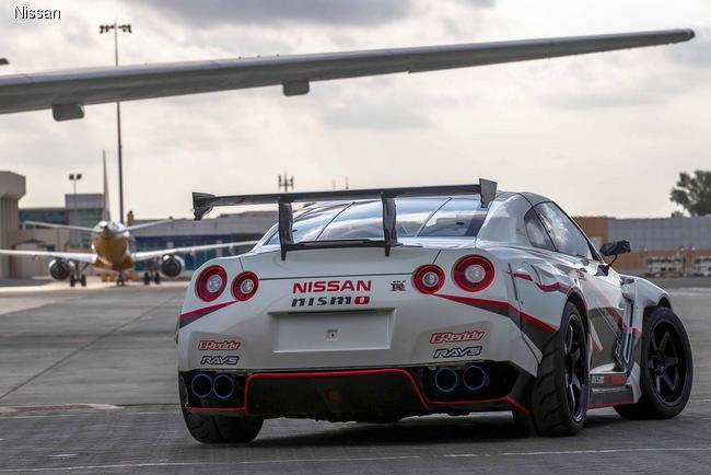 Nissan GT-R побил рекорд Гиннесса