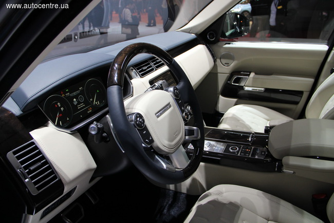 Женевский автосалон 2016: Range Rover удивляет кабриолетом и мега-внедорожником