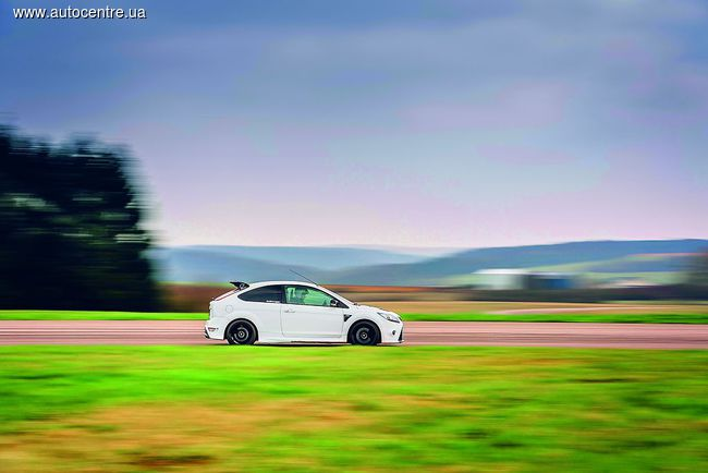 Тест Ford Focus RS: Суперфокус