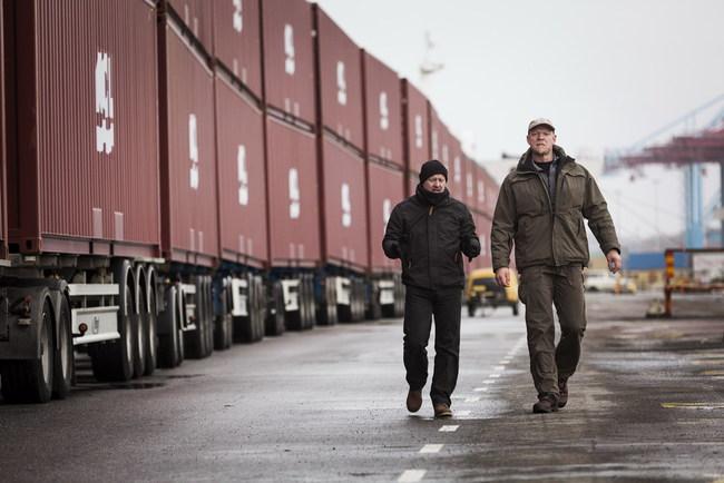 Как грузовик Volvo потянул 750 тонн (+ВИДЕО)