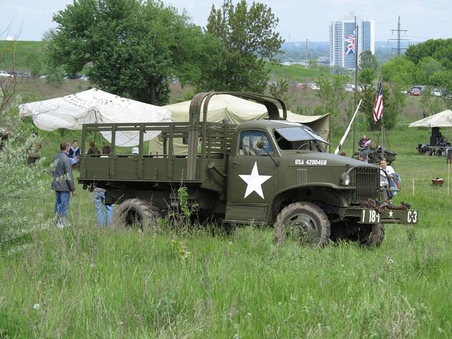 В Киеве прошел военно-исторический фестиваль Победа.ua