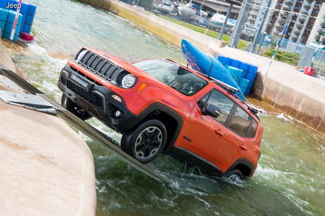 Jeep Renegade преодолел рафтинговую трассу (+ВИДЕО)