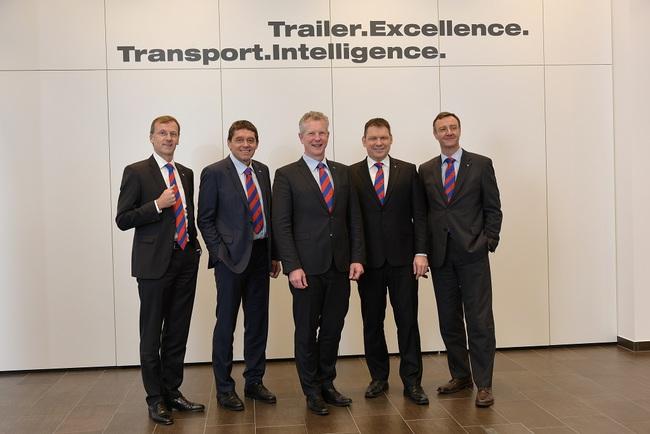 Транспортные решения Schmitz Cargobull на выставке BAUMA 2016